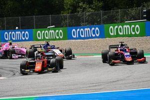 Felipe Drugovich, MP Motorsport devant Roy Nissany, Trident