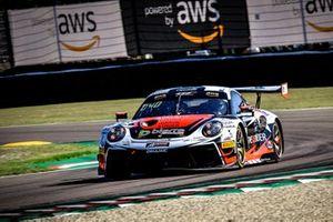 #56 Dinamic Motorsport Porsche 911 GT3-R: Andrea Rizzoli, Mikkel O. Pedersen, Adrien de Leener