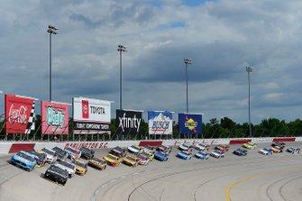 Alex Bowman, Hendrick Motorsports, Chevrolet Camaro, Kevin Harvick, Stewart-Haas Racing, Ford Mustang