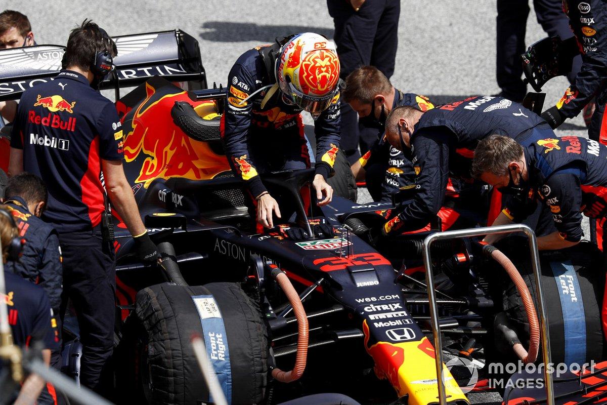 Max Verstappen, Red Bull Racing, arriva sulla griglia di partenza