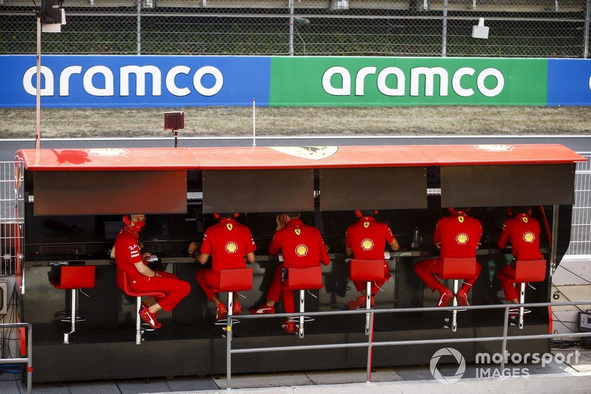 Il muretto dei box Ferrari