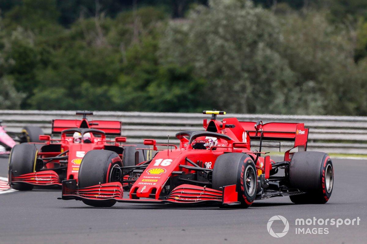 Charles Leclerc, Ferrari SF1000, precede Sebastian Vettel, Ferrari SF1000