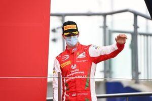 Mick Schumacher, Prema Racing fête sur le podium
