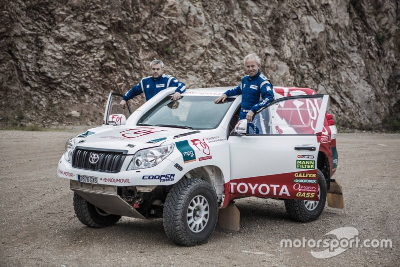 #345 Xavier Foj, Nacho Santamaría, Toyota Land Cruiser