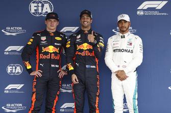 Max Verstappen, Red Bull Racing, Daniel Ricciardo, Red Bull Racing, en Lewis Hamilton, Mercedes AMG F1