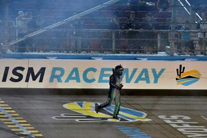 Brett Moffitt, Hattori Racing Enterprises, Toyota Tundra KOBE celebrates his win