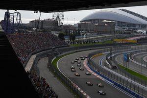 Renn-Action im Sochi Autodrom