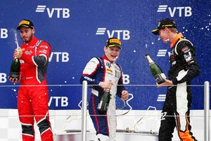 Подиум: победитель Дэвид Бекманн, Trident, второе место – Джозеф Моусон, Arden International, третье место – Рихард Версхор, MP Motorsport