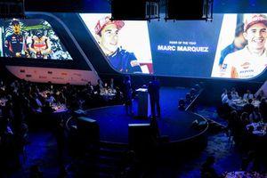 Marc Marquez envoie un message vidéo pour réagir à son prix de pilote moto de l'année