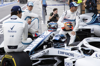 Sergey Sirotkin, Williams Racing, Robert Kubica, Williams and Lance Stroll, Williams Racing at the Williams Team Photo