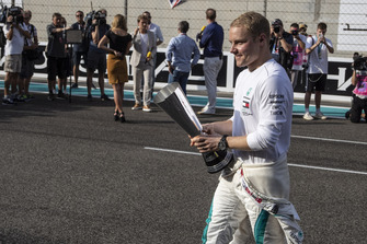 Valtteri Bottas, Mercedes AMG F1 with DHL fastest lap award