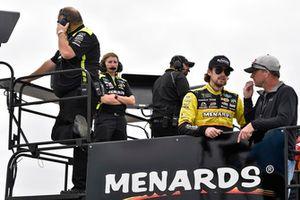 Ryan Blaney, Team Penske, Ford Fusion Menards/Richmond and Dave Blaney