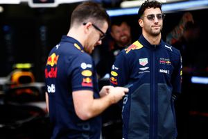 Daniel Ricciardo, Red Bull Racing, in the garage