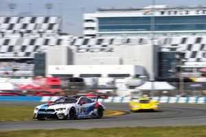 #24 BMW Team RLL BMW M8 GTE, GTLM: Йессе Крон, Джон Эдвардс, Моззи Мостерт, Алессандро Дзанарди