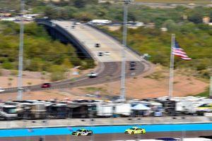 Austin Dillon, Richard Childress Racing, Chevrolet Camaro American Ethanol e15 and Paul Menard, Wood Brothers Racing, Ford Fusion Menards / Cardell