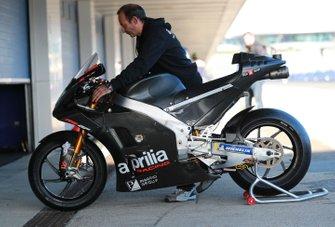 Мотоцикл Алеша Эспаргаро, Aprilia