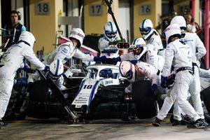 Lance Stroll, Williams FW41, in de pits