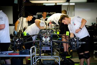 Mercedes AMG F1 pit