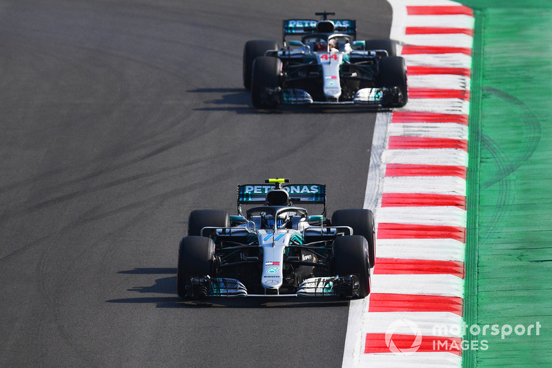 Valtteri Bottas, Mercedes AMG F1 W09 EQ Power+, Lewis Hamilton, Mercedes AMG F1 W09 EQ Power+