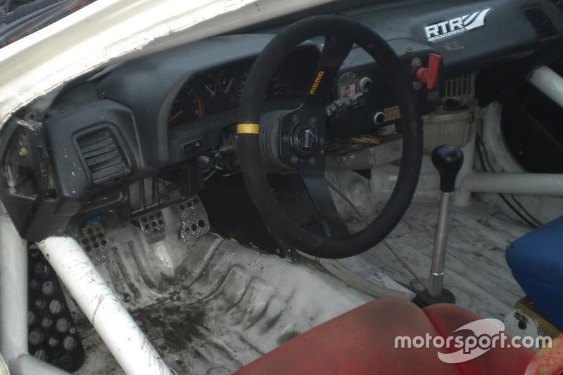 Робоча обстановка в Honda CRX Владислава Феоктистова