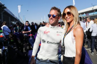 Sam Bird, Envision Virgin Racing, met zijn vrouw Hollie Christie
