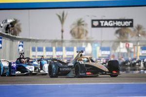 Antonio Felix da Costa, DS Techeetah, DS E-Tense FE20 leads Maximilian Günther, BMW I Andretti Motorsports, BMW iFE.20