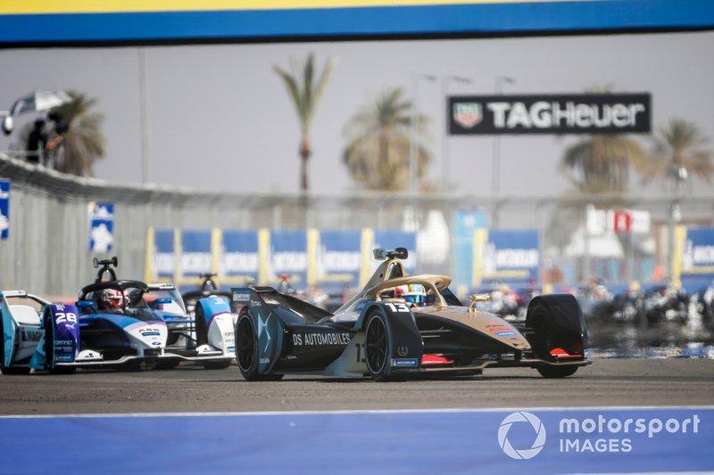 Antonio Felix da Costa, DS Techeetah, DS E-Tense FE20 davanti a Maximilian Günther, BMW I Andretti Motorsports, BMW iFE.20