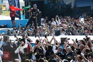 Race winner Antonio Felix da Costa, DS Techeetah on the podium