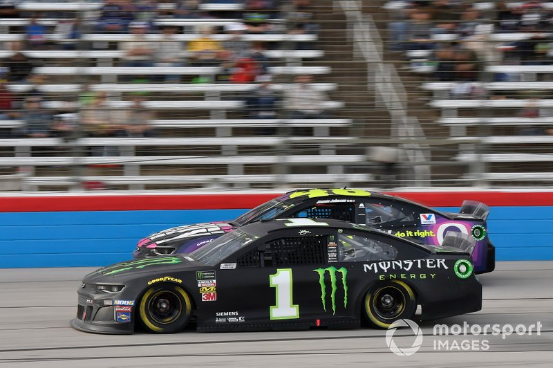 Kurt Busch, Chip Ganassi Racing, Chevrolet Camaro Monster Energy, Jimmie Johnson, Hendrick Motorsports, Chevrolet Camaro Ally Fueling Futures