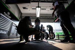 Jonathan Rea, Kawasaki Racing Team garage