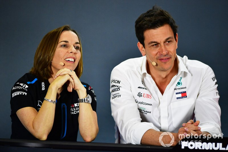 Claire Williams, Deputy Team Principal, Williams Racing, e Toto Wolff, Executive Director (Business), Mercedes AMG