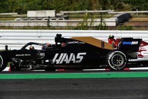 Romain Grosjean, Haas F1 Team VF-19, lotta con Antonio Giovinazzi, Alfa Romeo Racing C38