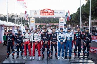 Gruppenfoto: Alle Fahrer und Beifahrer der WRC-Saison 2020