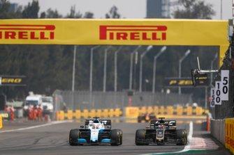 George Russell, Williams Racing FW42, lotta con Romain Grosjean, Haas VF-19
