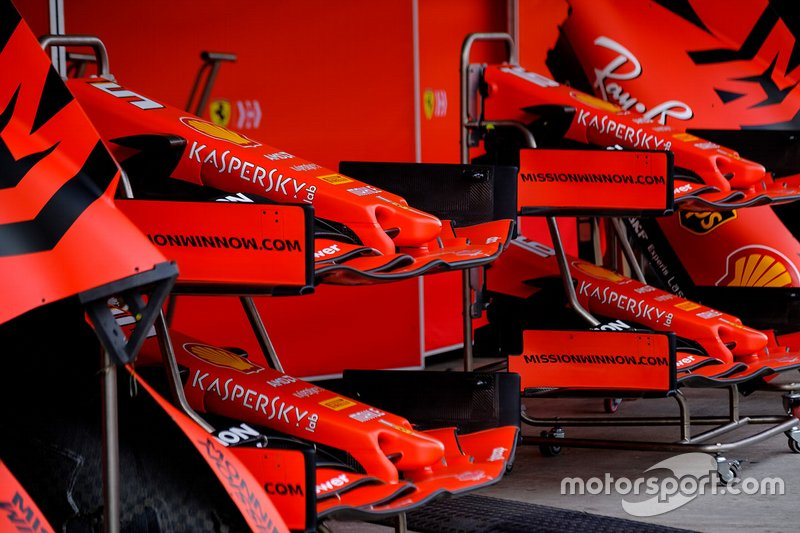 Ferrari SF90 front wings