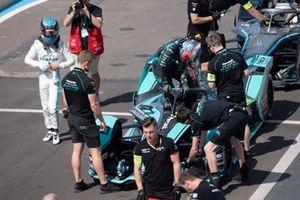 Mitch Evans, Jaguar Racing sort de sa Jaguar I-Type 4