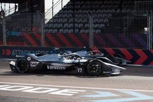 Ник де Врис и Стоффель Вандорн, Mercedes-Benz EQ Formula E Team, Mercedes-Benz EQ Silver Arrow 01