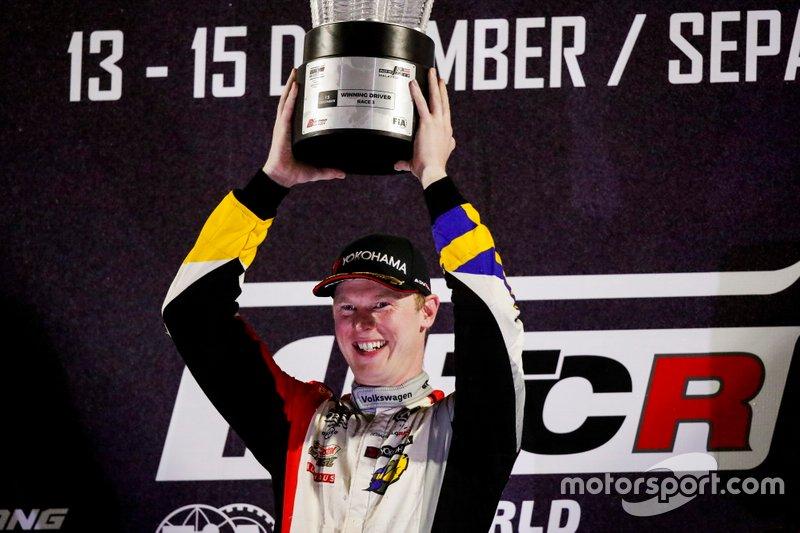 Podio: il vincitore della gara Johan Kristoffersson, SLR Volkswagen Volkswagen Golf GTI TCR