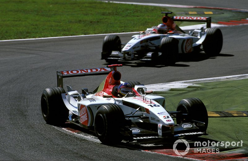 Jacques Villeneuve et Jenson Button en piste