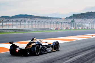 Antonio Felix da Costa, DS Techeetah, DS E-Tense FE20, at the end of the pit lane