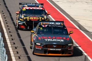 Lee Holdsworth, Tickford Racing Ford, Anton De Pasquale, Erebus Motorsport Holden