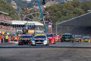 Start action, Jamie Whincup, Triple Eight Race Engineering Holden leads