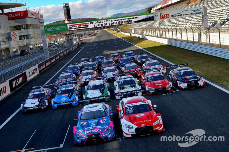 DTM and Super GT group photo