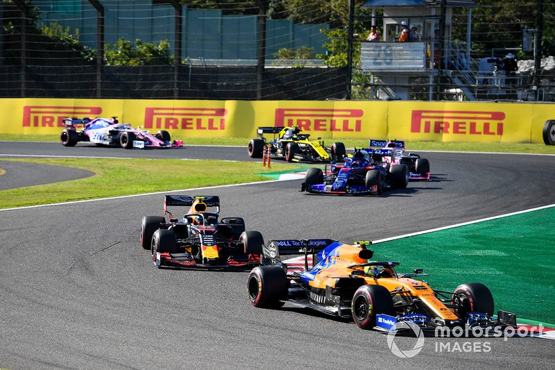 Lando Norris, McLaren MCL34, precede Alex Albon, Red Bull RB15, Pierre Gasly, Toro Rosso STR14, Lance Stroll, Racing Point RP19, Nico Hulkenberg, Renault F1 Team R.S. 19, e Sergio Perez, Racing Point RP19