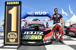 Ganador de la pole Valentín Aguirre, JP Carrera