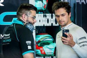 Nelson Piquet Jr., Panasonic Jaguar Racing, Jaguar I-Type 3, nel garage