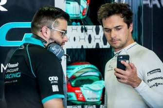 Nelson Piquet Jr., Panasonic Jaguar Racing, Jaguar I-Type 3, in the garage