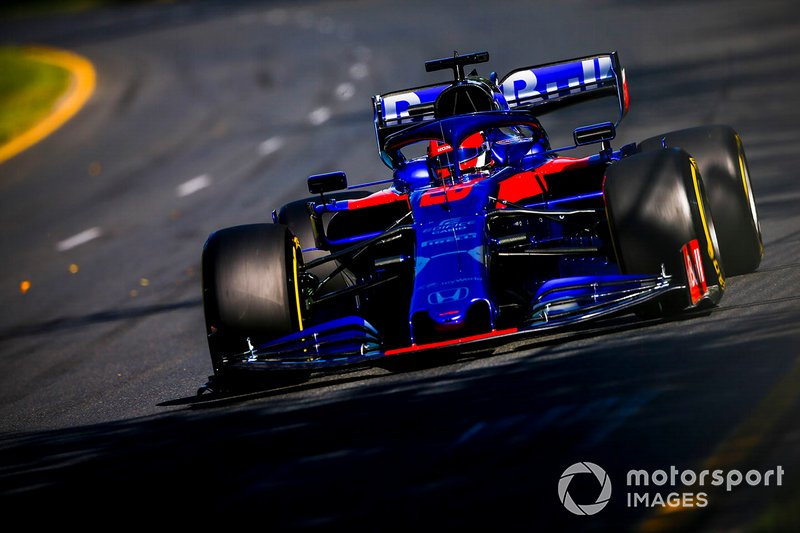 Kvyat scores a point on F1 return
