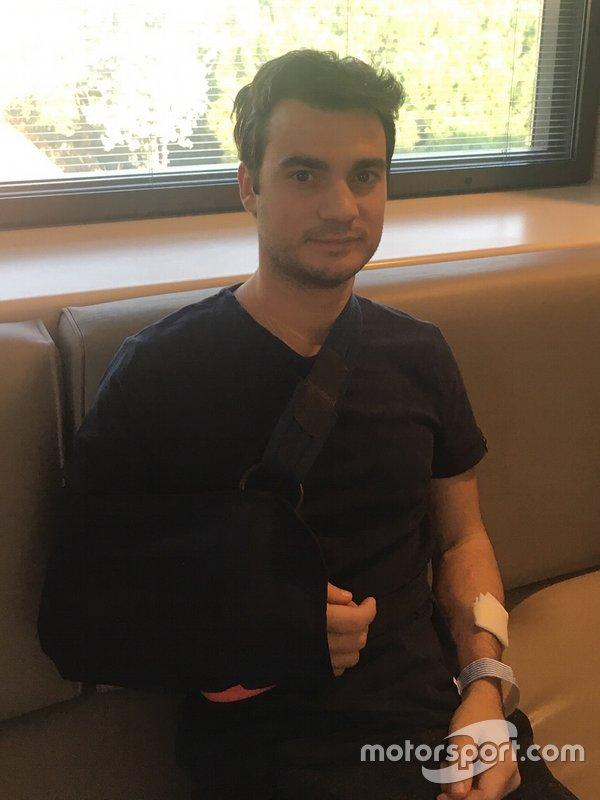 Dani Pedrosa en el Centro Médico Barcelona Teknon