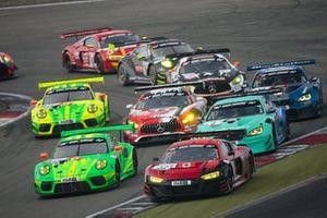 #32 Audi Sport Team Car Collection Audi R8 LMS: Christopher Haase, Markus Winkelhock, #912 Manthey-Racing Porsche 911 GT3 R: Fred Makowiecki, Patrick Pilet, #3 Falken Motorsports BMW M6 GT3: Alexandre Imperatori, Jens Klingmann